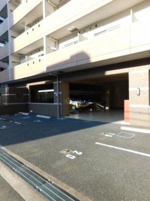 【駐車場】ソルレヴェンテ梅田
