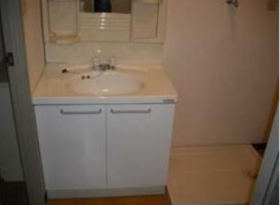 独立洗面台はやっぱり重要ですね!