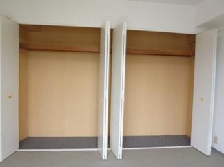 洋室の収納