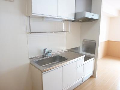 2口ガスコンロ設置可の広いキッチンでお料理もらくらく