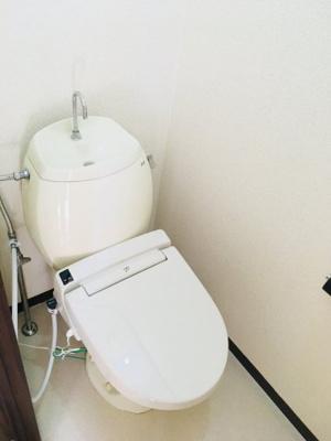 温水洗浄便座付いてます!