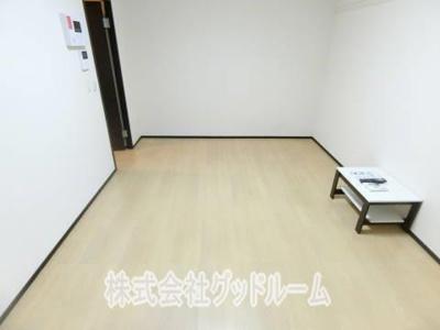 【居間・リビング】レオネクスト八木町