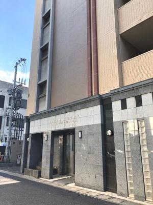 【エントランス】エステムコート博多・祇園ツインタワーファーストステージ