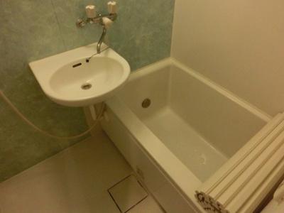 【浴室】メゾン・ド・ソレイユC