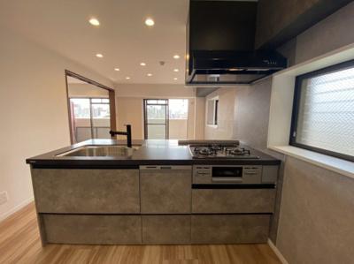 フルフラットキッチン交換(食洗器、浄水器) 対面式キッチン シャワーヘッド付き