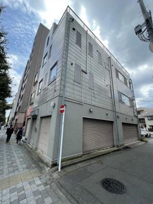 東海道線「川崎駅」徒歩13分のマンションです。
