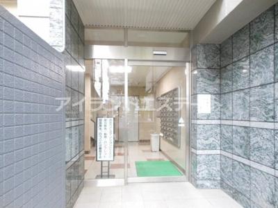 【エントランス】三軒茶屋グリーンマンション フルリフォーム済 2人入居可 追炊き 独立洗面台