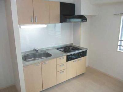 【キッチン】三軒茶屋グリーンマンション フルリフォーム済 2人入居可 追炊き 独立洗面台