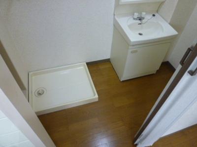 室内洗濯置き場があります