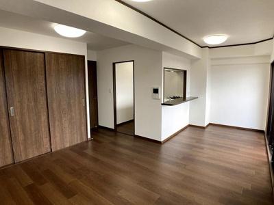【居間・リビング】じゅうグランドマンション・シュリアン前原