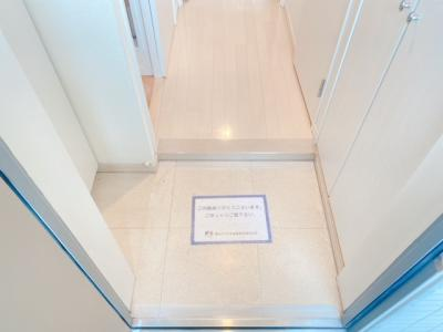 【玄関】ルクレ三軒茶屋