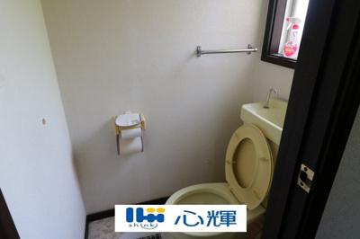 二階のトイレです。