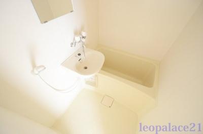 【浴室】レオパレスマーシュフィールド