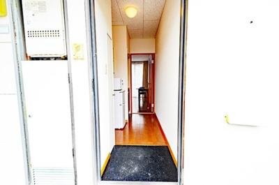 【玄関】レオパレスTO