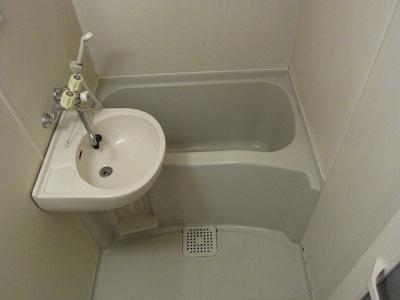 【浴室】レオパレス本城東五番館