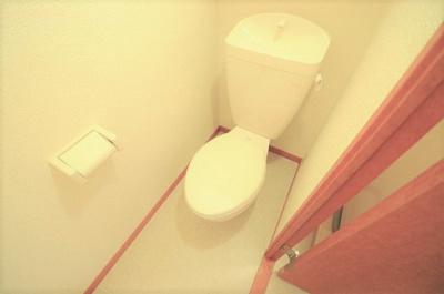 清潔なトイレをご用意いたしております。