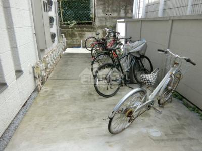 駐輪スペース・ヴィラ市谷台町