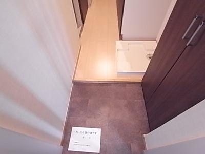【玄関】プラージュ