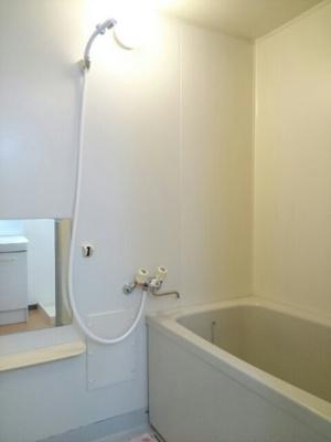 【浴室】チェリーヒルズA