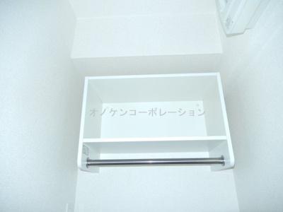 洗濯機置き場上収納