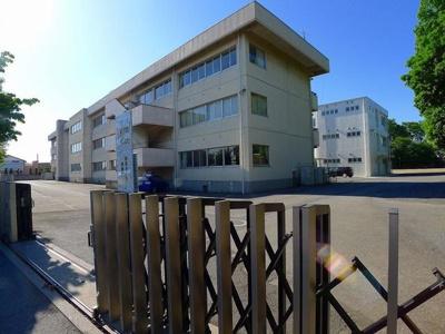 太田市立休泊小学校まで1100m
