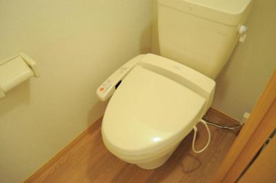 温水洗浄便座 完備