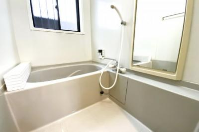 追い炊き機能付きでいつでも温かいお風呂につかれます『水回りのリフォームなどご相談下さい。とにかく安く綺麗に!リフォーム費用を住宅ローンで借りたい!等お客様のご要望に合わせたご提案をさせて頂きます』