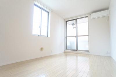 使いやすい居間です。※別部屋の写真です