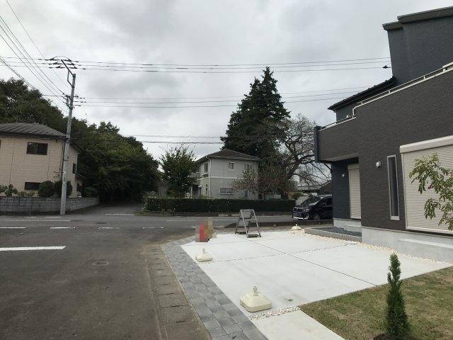【前面道路含む現地写真】つくば市台町1丁目 新築戸建 2号棟