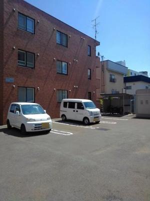 【駐車場】フォルシュ北円山