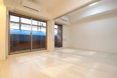 【居間・リビング】スプランディッド新大阪サウス