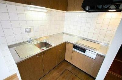 キッチンでお料理をお楽しみください