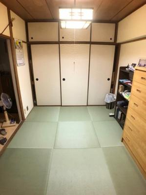 琉球畳、床暖房付き