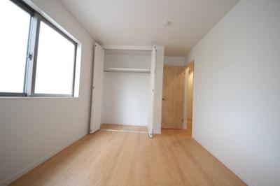 1階洋室6帖(納戸)