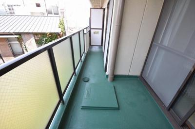 【バルコニー】メゾン芥川 (株)Roots