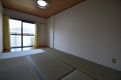 【寝室】メゾン芥川 (株)Roots