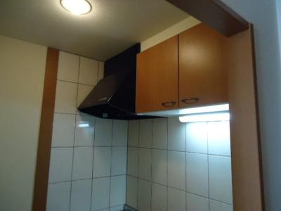 キッチン吊戸棚(イメージ)