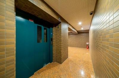 モナークサンシティ練馬のエレベーターです。
