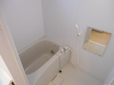 【浴室】ルジェンテ・バリュ横濱反町