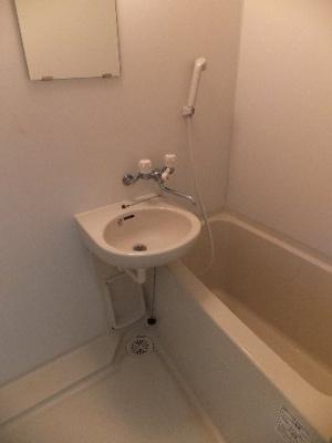 ☆洗面台のあるバスルーム※別部屋の参考写真です