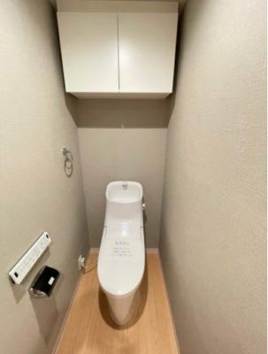 【トイレ】クリオ新小岩壱番館 角 部屋 専用庭付 リ ノベーション済