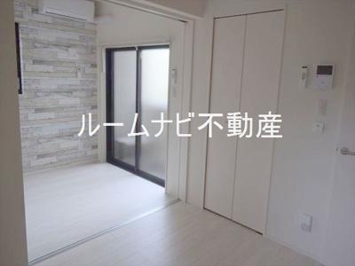 【居間・リビング】エスペランサ志村
