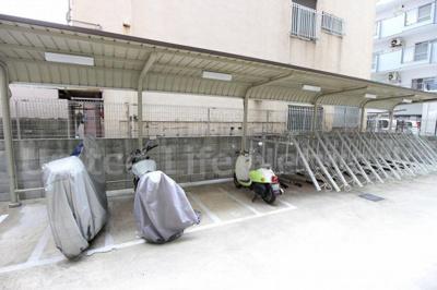 屋根付き駐輪場&バイク置き場