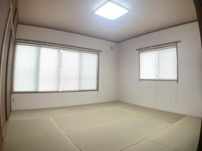 ゆったり過ごせる和室です。