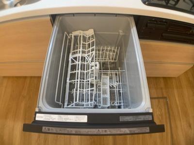 食器洗浄機能付きです。