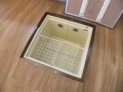 床下収納スペースがあります。