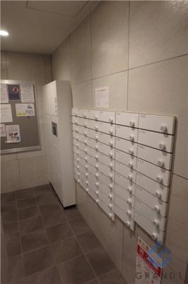 集合ポスト・宅配ボックス