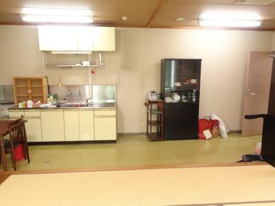 休憩室内のキッチン