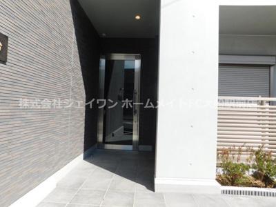 【エントランス】ネオクレスト鎌倉台
