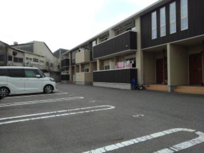 【駐車場】アンフィニ